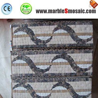 Franja fronteriza mosaico mármol en baño