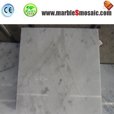 Mur d'intérieur blanc carreaux de marbre