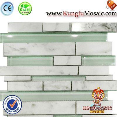 Каррара Мраморная мозаика с зеленым стеклом
