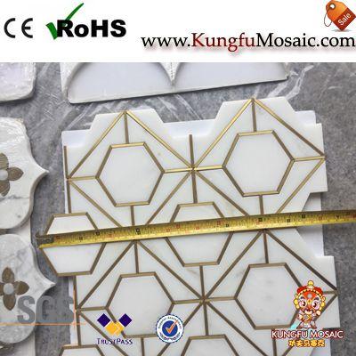 Mur de mosaïque de marbre d'inlasse de laiton et tuile de plancher