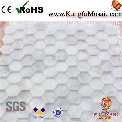 Weißer Marmor-Mosaik