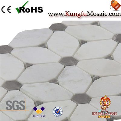 Carrara White Irregular Marble Mosaic Tile for Bathroom