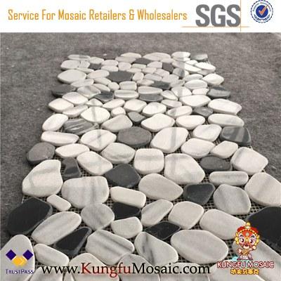Mosaïque de galets de marbre blanc et noir en gros